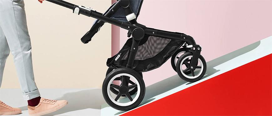 Terenowy wózek Bugaboo Fox to uniwersalny wózek 2w1